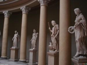greek_gods_statues_1280x960(1)